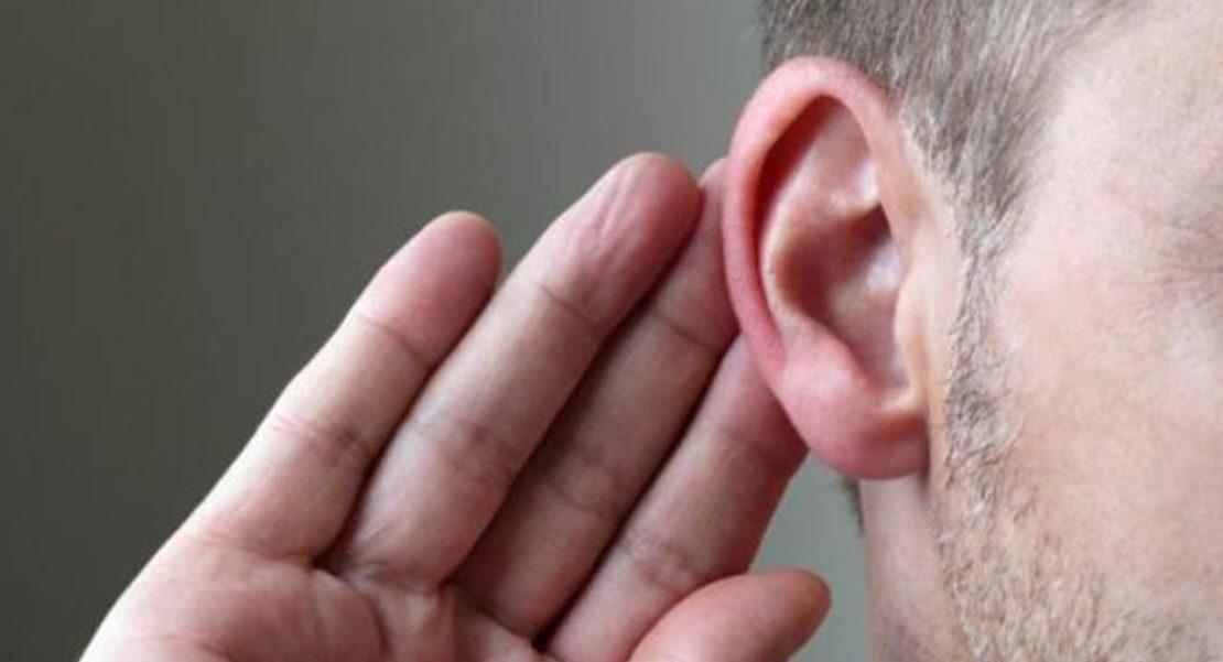 qué hacer cuando entra un insecto en el oído